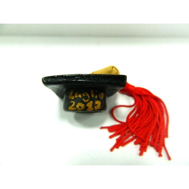 ... Cappello Laureato Artigianale cm 4x4 Terracotta Bomboniere Festa Laurea  Studente d0ca0dfc9ac9